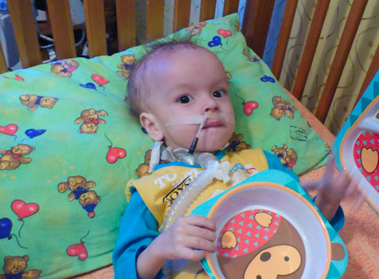 Thumbnail для -  Дани Петров, 1 год 10 месяцев