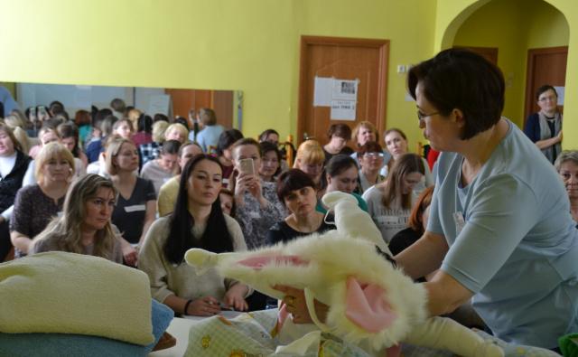 130 педагогов Чувашии участвовали в мастер-классе по обучению детей с ОВЗ