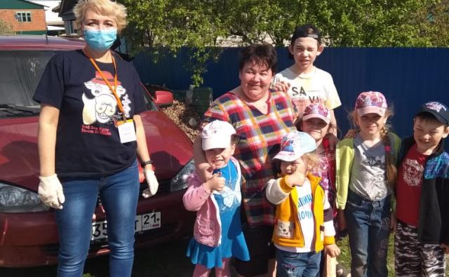 Акция #МеняКасается помогла 58 малообеспеченным семьям Чувашии