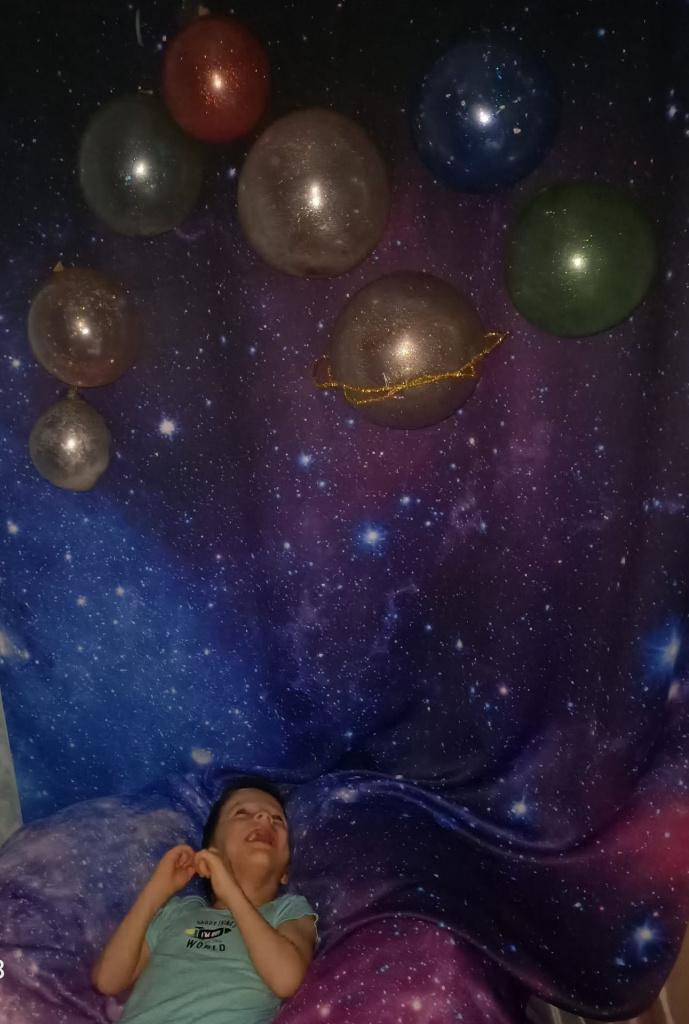 """Выставляем работы ребят на конкурс """"Все мы космонавты!"""". Празднуем День космонавтики - 12 апреля!"""